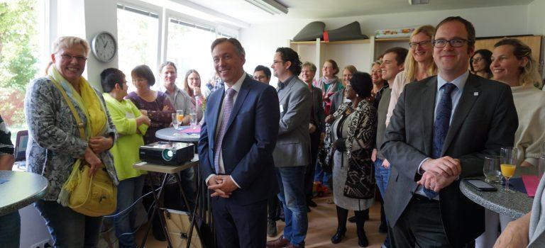 Hebammenzentrale Erlangen Stadt und Land in den Räumen des Kinderschutzbundes Erlangen eröffnet